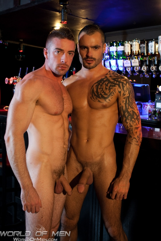 Issac Jones aggessive fucking muscle bottom Scott Hunter on the pool table
