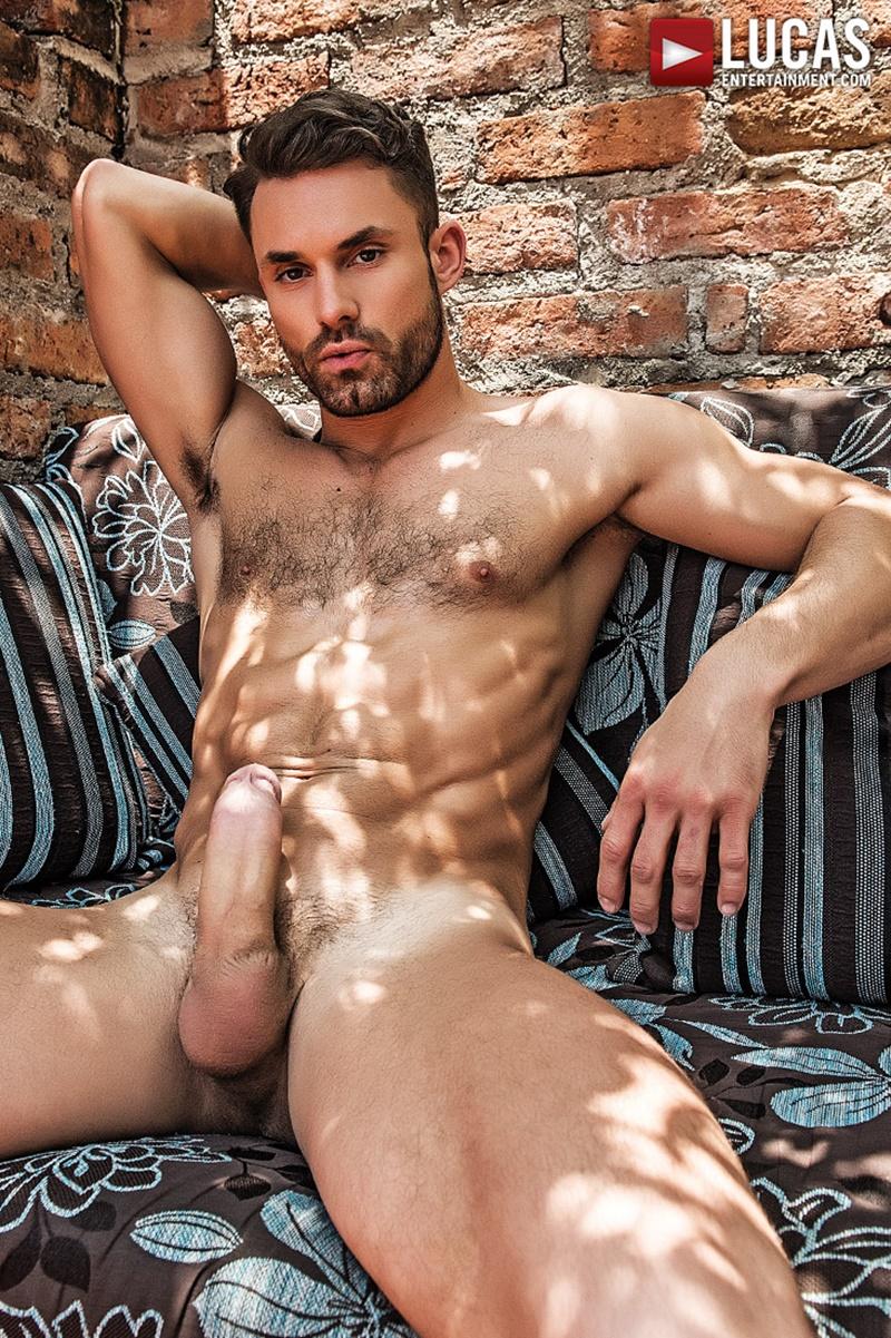 Actor Porno Alejandro james castle bottoms for alejandro castillo's big uncut cock