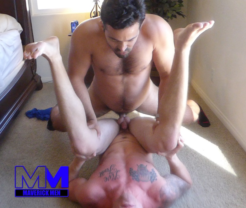 maverickmen-older-naked-mature-gay-guy-sean-fucks-straight-man-dax-cum-asshole-jizz-bareback-ass-fucking-anal-rimming-017-gay-porn-sex-gallery-pics-video-photo