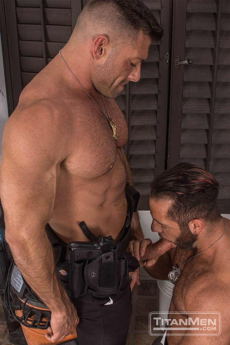 titanmen-naked-muscle-dudes-parole-officers-bruce-beckham-eddy-ceetee-hardcore-anal-fucking-big-thick-large-dick-fucking-anal-rimming-004-gay-porn-sex-gallery-pics-video-photo