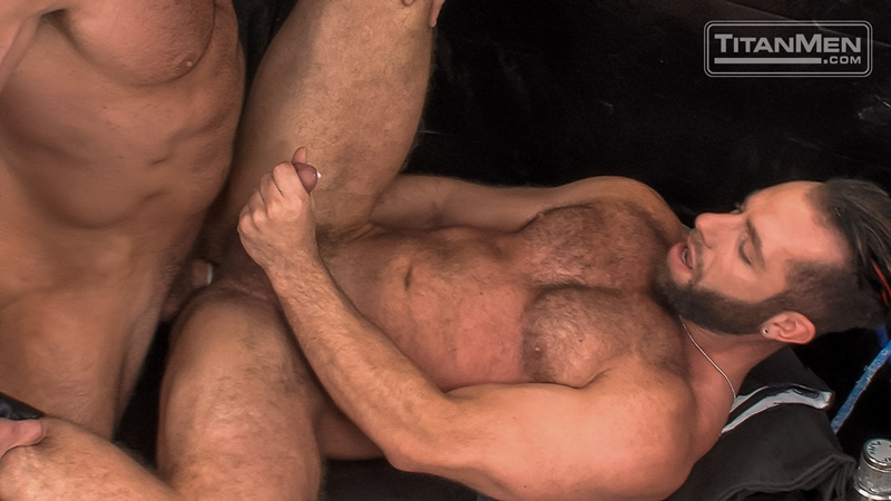 titanmen-naked-muscle-dudes-parole-officers-bruce-beckham-eddy-ceetee-hardcore-anal-fucking-big-thick-large-dick-fucking-anal-rimming-022-gay-porn-sex-gallery-pics-video-photo
