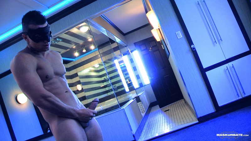 maskurbate-sexy-ripped-muscle-naked-dude-tony-muscled-masked-stranger-jerks-big-thick-large-cock-huge-cum-load-jizz-cumshot-011-gay-porn-sex-gallery-pics-video-photo