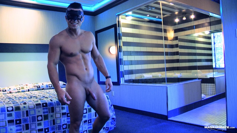 maskurbate-sexy-ripped-muscle-naked-dude-tony-muscled-masked-stranger-jerks-big-thick-large-cock-huge-cum-load-jizz-cumshot-015-gay-porn-sex-gallery-pics-video-photo