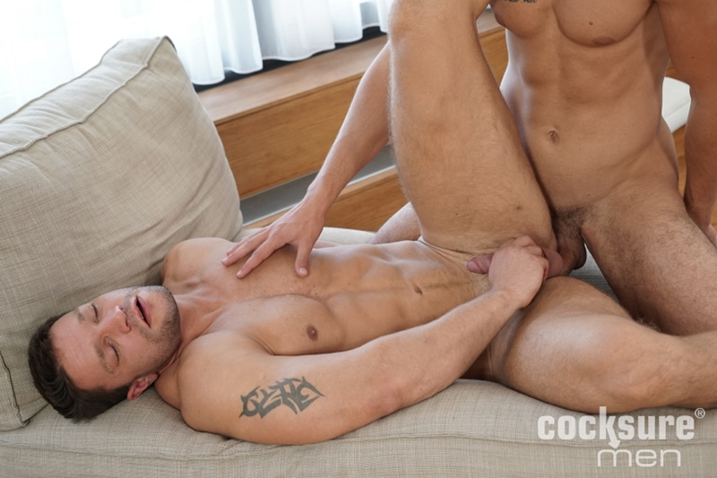 cocksuremen-sexy-naked-muscle-boys-andrew-lewix-huge-raw-cock-bareback-ass-fucking-erik-spector-sexy-bubble-butt-asshole-kissing-016-gay-porn-sex-gallery-pics-video-photo