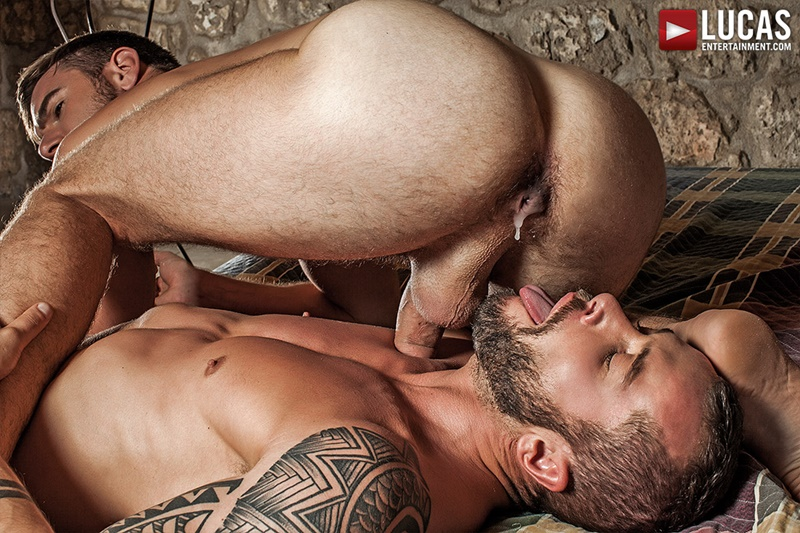 lucasentertainment-naked-big-tattoo-muscle-dudes-zander-craze-bareback-fucks-tyler-berg-ass-raw-bare-thick-large-huge-dick-sucking-017-gay-porn-sex-gallery-pics-video-photo