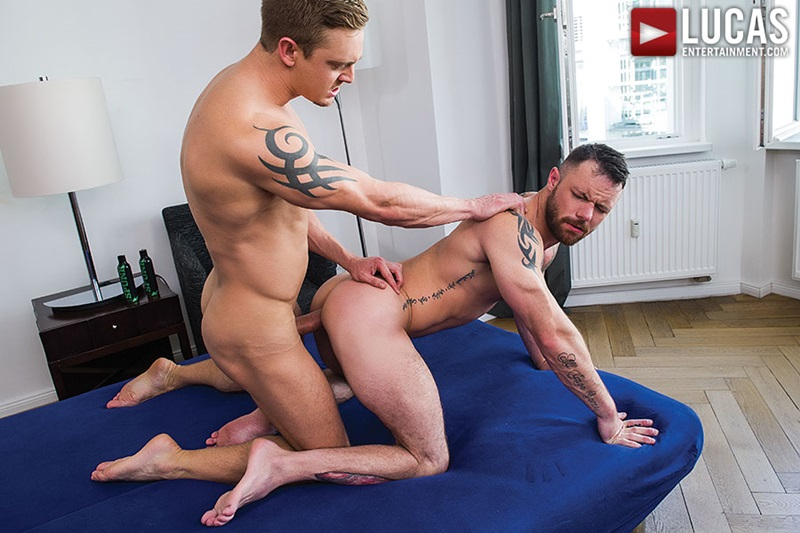 LucasEntertainment-sexy-naked-muscle-tattoo-men-Sergeant-Miles-uncut-Aussie-huge-cock-versatile-flip-flop-fucking-Michael-Lachlan-butt-24-gay-porn-star-sex-video-gallery-photo