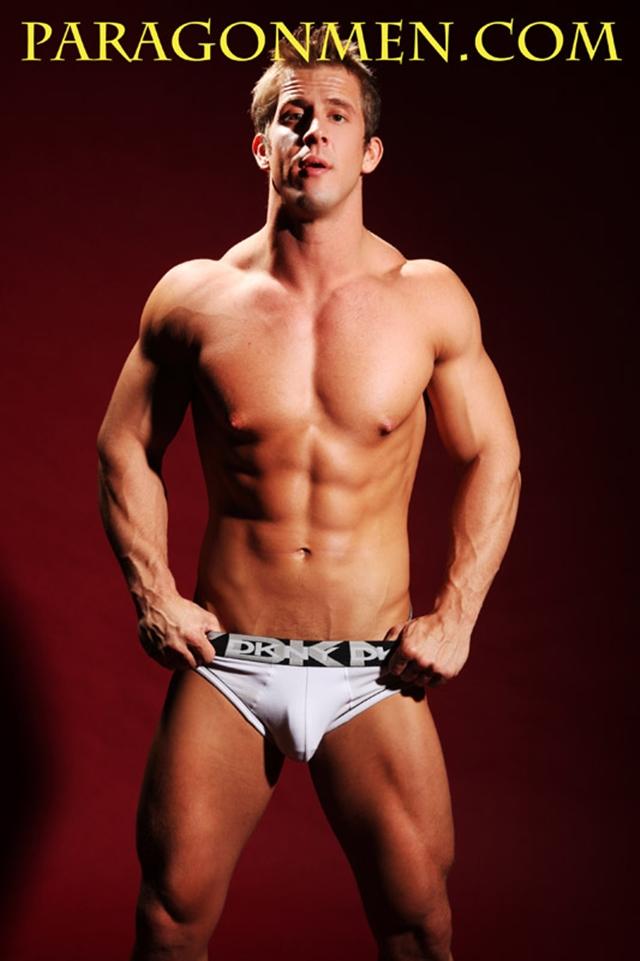 Brad-Adonis-Paragon-Men-all-american-boy-naked-muscle-men-nude-bodybuilder-02-gay-porn-pics-photo