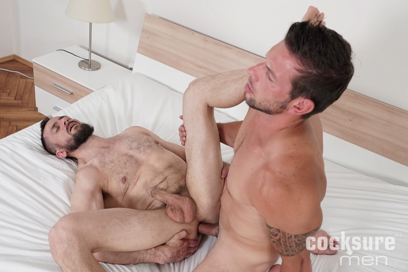cocksuremen-sexy-muscle-hunk-marek-tanker-bareback-anal-fucking-daddy-stan-simons-tight-asshole-cocksucker-naked-men-010-gay-porn-sex-gallery-pics-video-photo