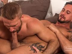 Hot muscle hunk Dakota Rivers' huge cock fucks Dirk Caber's hairy asshole
