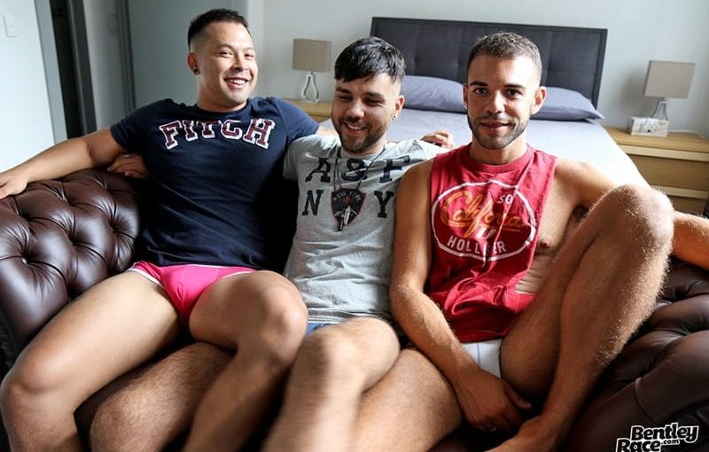 Hot young dudes Layton Charles, Jesse Carter and Sam Sivahn daisy chain fuck