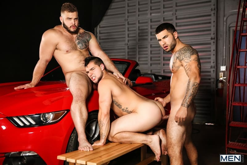 Men for Men Blog Daxx-Carter-Vadim-Black-Aspen-big-thick-dick-Hot-gay-threesome-hardcore-anal-fucking-Men-020-gay-porn-pictures-gallery Hot gay threesome Daxx Carter, Vadim Black and Aspen hardcore anal fucking Men