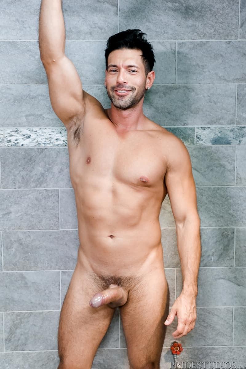 Alexander-Garrett-sucks-Angel-Ventura-big-cock-rims-hot-ass-wet-tongue-fucking-ExtraBigDicks-004-Gay-Porn-Pics
