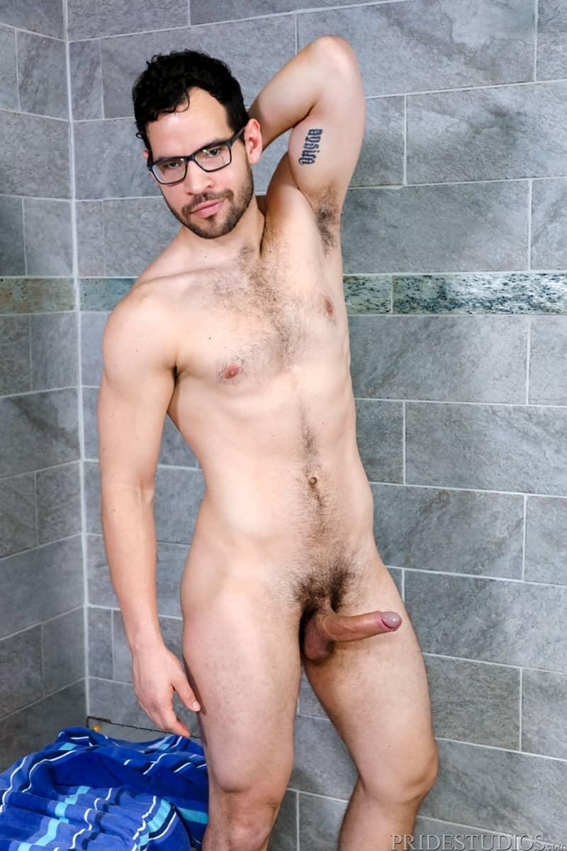 Alexander-Garrett-sucks-Angel-Ventura-big-cock-rims-hot-ass-wet-tongue-fucking-ExtraBigDicks-005-Gay-Porn-Pics