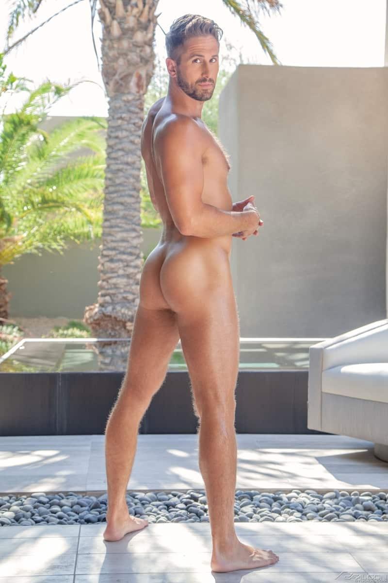 Sexy-muscle-stud-Wesley-Woods-hot-top-Steven-Lee-huge-bareback-cock-FalconStudios-003-Gay-Porn-Pics